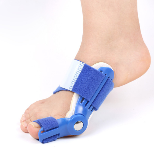 Amazon Hot selling Adjustable PVC Toe Straightener Bunion Hallux Valgus Corrector ZG-358