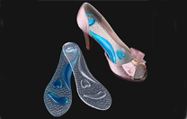 A pair of right insoles for high-heeled shoes not only offers you beauty but also does not hurt your feet!