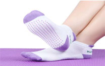 Why Do We Wear Yoga Socks? - Important Health Benefits Of Yoga Socks