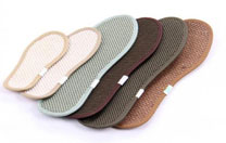Choosing the right insole can help to solve half of the foot pain problem